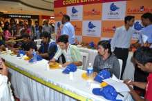 Cookie Eating Contest, Cookie Man, Forum Mall, Koramangala, 7 December 2013