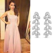 Soha Ali Khan looked elegant in YoubeJewellery at Xmas Dinner Party hosted by Saifeena.